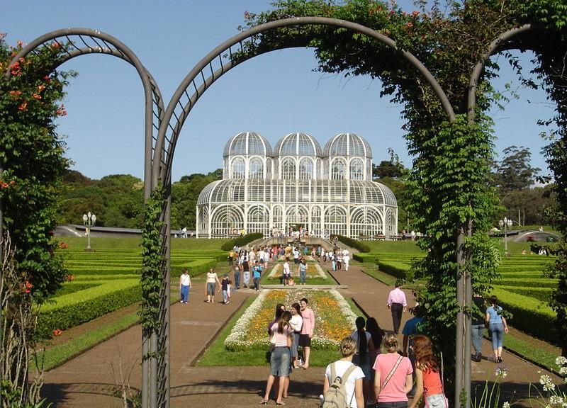 800px-Curitiba_Botanic_Garden
